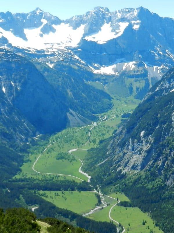 Read more about the article Bergtour Kompar-Plumsjochhütte